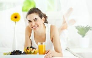 Wat je voeding te maken heeft met je acne